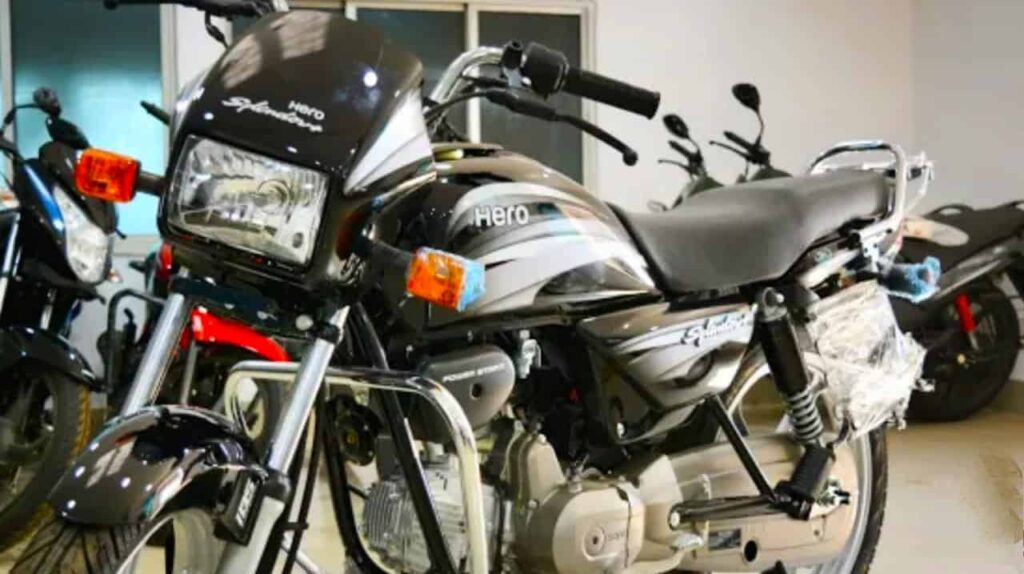 Hero Splendor Plus. best bike under 1 lakh
