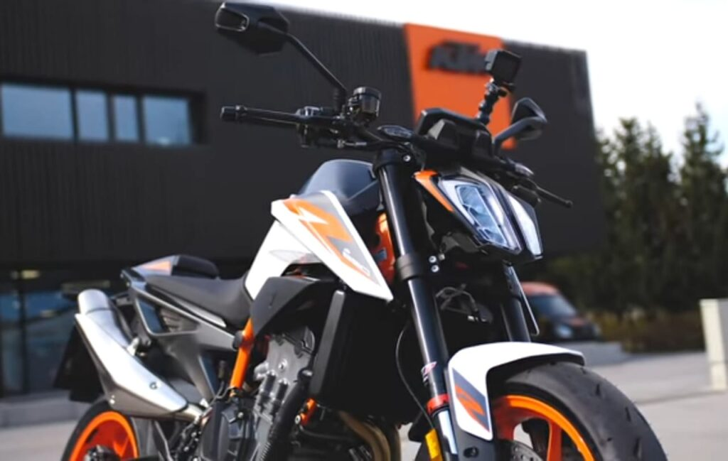 KTM 890 Duke R Headlight