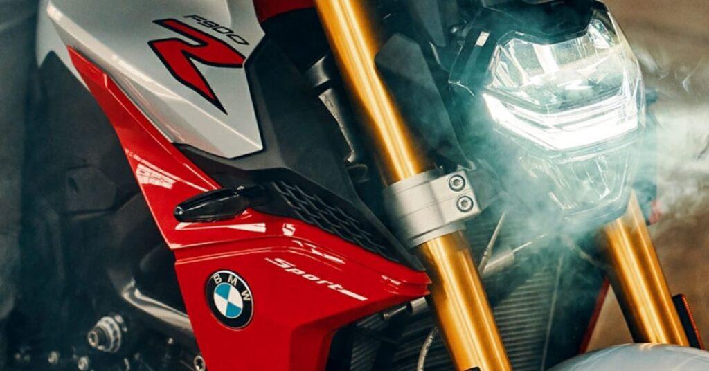 BMW F900 R,full details