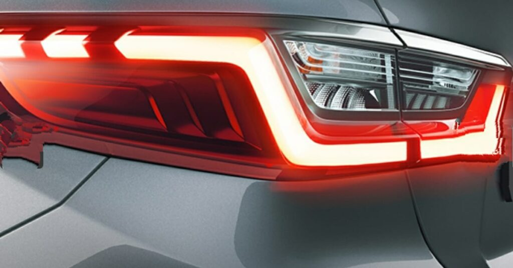 L-Shaped LED  Turn Signal with Z-Shaped Wrap- Around 3D Rear Combi Lamp with LED Edgelight and LED Side Marker lamp are provided.