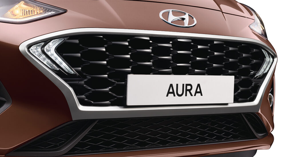 Front grille of Hyundai Aura