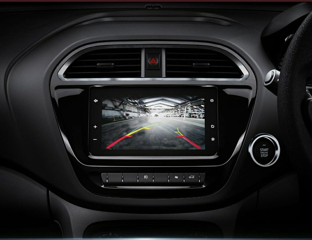 Rear Parking camera with parking sensors with display