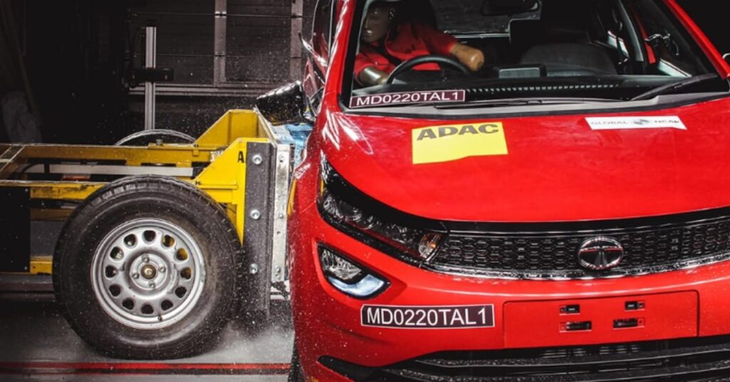 Tata altroz Crash test at global NCAP