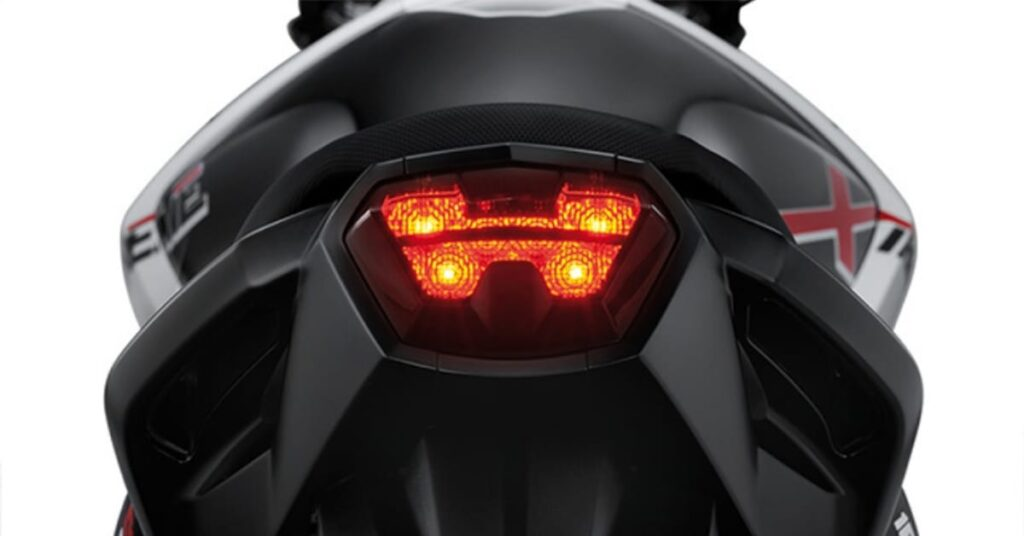 Hero Xtreme 160R H signature Taillamp