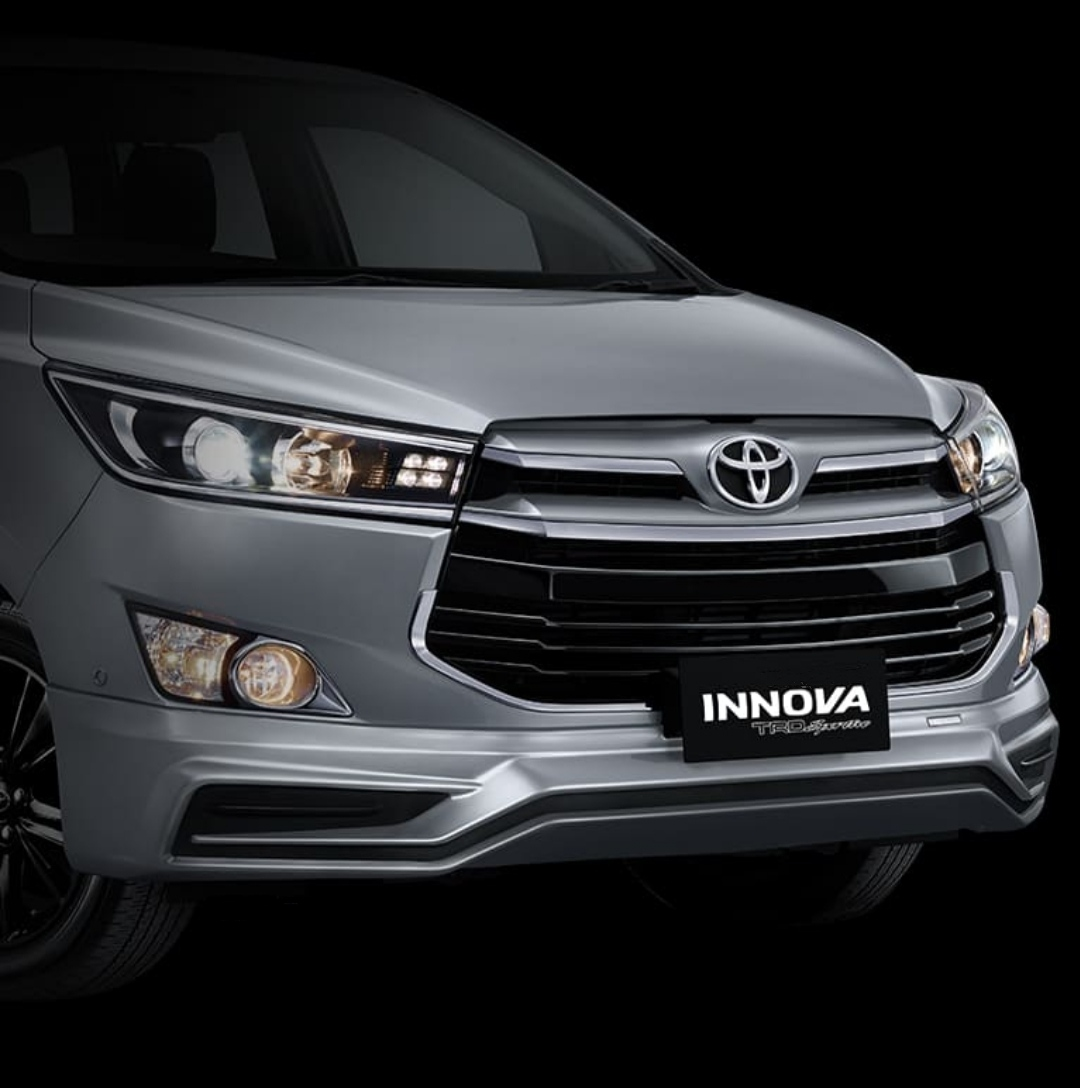 Toyota Innova TRD Sportivo
