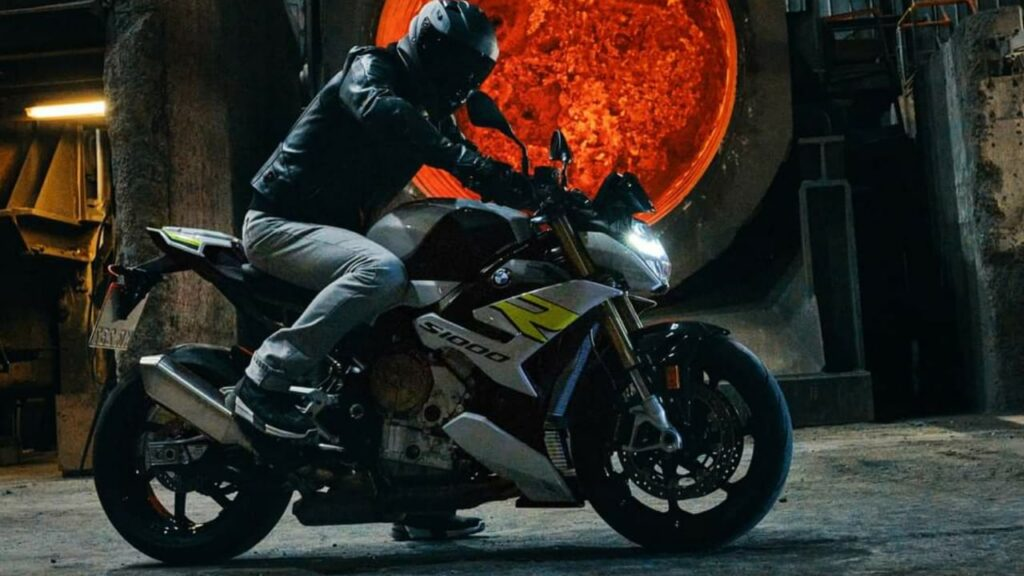 2021 BMW S1000R Officially Revealed - Official Video Here